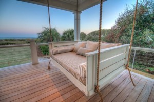 tropical-patio-furniture-and-outdoor-furniture